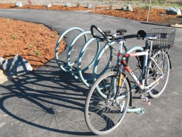 bike rack example on hikshari trail